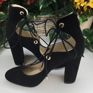 Marc Fisher Black Suede Lace Up Chunky Heels 8.5